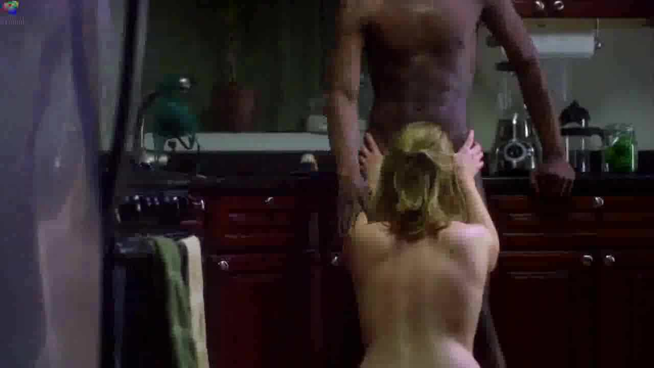 pokaz-filma-erotika